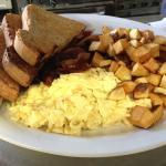 House Special - Scramble/Bacon/Multigrain