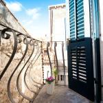 Small balcony - Studio apartment