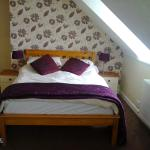 Attic Room, very spacious, overlooks roof tops