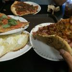 Screaming Mimi's Pizza
