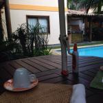 Café da manhã na piscina!