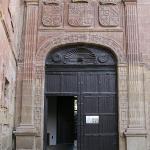 Pórtico de la entrada
