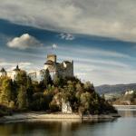 Zamek Czorsztyn nad zalewem...
