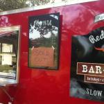 صورة فوتوغرافية لـ Red Wagon Bar-B-Que