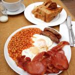 The big breakfast is a good way to start the day 👍