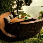 Tree Pod Dining at Soneva Kiri