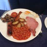 The hot breakfast!