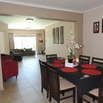 MPISI 6 Sleeper unit Lounge/Dining Area