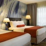Travelling with your family - choose a room with two queen beds
