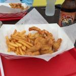Fried shrimp with fries and root beer. Excellent!