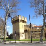 Les remparts d'Avignon face à l'hotel