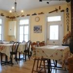 La salle à manger de l'auberge