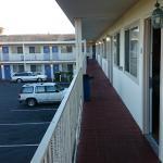 balkon, achterkant van motel