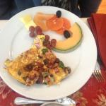 Best omelette (Breakfast is made by the owner Serge. He also makes fresh scones, croissants etc!