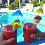drinks by the pool(:
