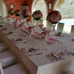 Tavolo allestito per matrimoni