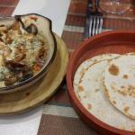 Cazuelitas a los tres quesos (7,40€)
