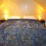 Das Doppelbett in der Dachschräge