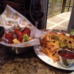 Chicken wings, nachos, and Zweigelt wine