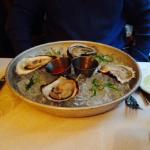 blue point oysters starter - large and delicious!