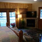 Bear Grass King Suite