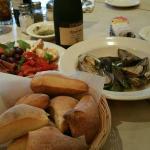 Rosa's Restaurant & Catering의 사진