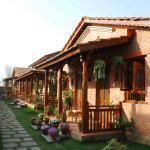 Vardan Resort