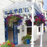 Foyles Hotel Entrance