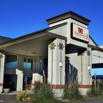 Quinault Sweet Grass Hotel in downtown Ocean Shores, WA