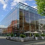 Colmanstrasse mit Museum, Parkhaus, Restaurant DelikArt