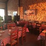 Salón con más de 100 años de antigüedad en pizza4u de La Nucia.