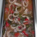 anillos de calamar con salsa