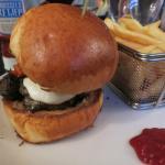 Mona Lisa burger