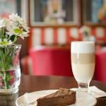 Dezerty v Alfa Cafe & Bistro