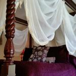 Lovely canopy bed
