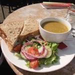 egg sandwich with pea & ham soup