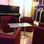 Piano Bar et Salon the Dansant
