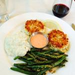 The crab cake entree.