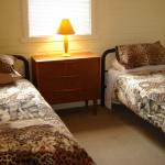 Lodge Bedroom Twin Share
