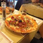 La Commedia Pizzeria Restaurant Foto