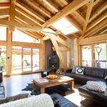 Chamonix Chalet - Living Room