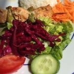 Menu of the day: chicken with salad and rice
