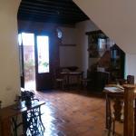 Hall y patio interior.