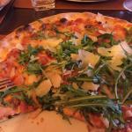 Die Pizza ist super