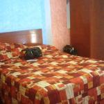 cama matrimonial habitación #109