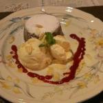 Chocolate lava cake with vanilla icecream