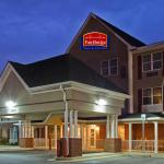 ‪FairBridge Inn & Suites‬