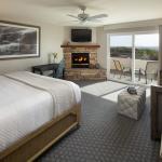 Spyglass Inn Ocean View King Guest Room