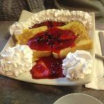 Yellow Mills Diner - Waffles with Strawberries & Cream
