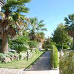spazi verdi e viali d'accesso ai villini